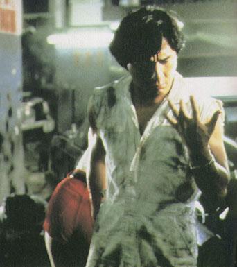 БЛИЗНЕЦЫ-ДРАКОНЫ - Фотография из фильма.